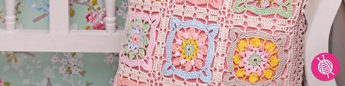 Frühlingssquare Kissen häkeln aus byClaire Cotton