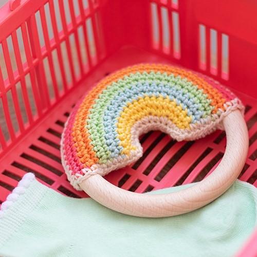 Wollplatz Regenbogen Beißring Häkelpaket 1 Pastel