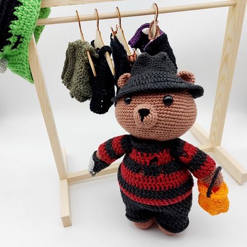 Häkelanleitung Ted im Halloween-Fieber