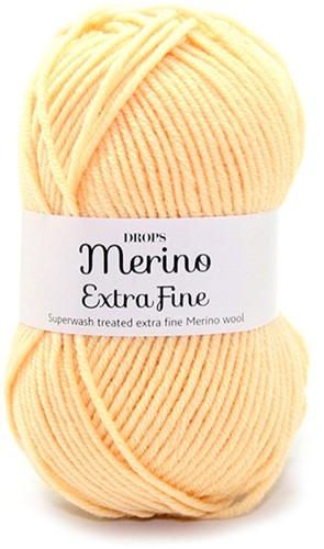 Drops Merino Extra Fine Uni Colour 24 Hellgelb