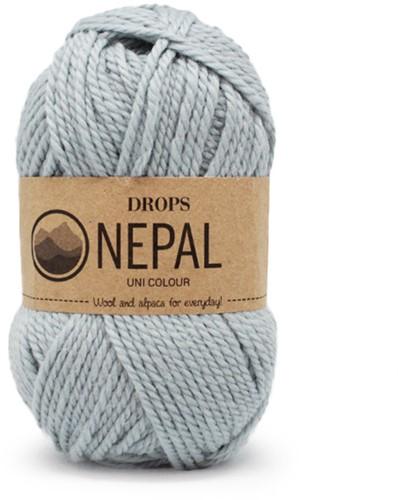 Drops Nepal Uni Colour 7120 Hell-graugrün