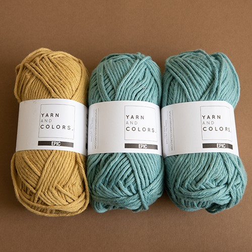 Yarn and Colors Candy Comfy Cushion Strickpaket 089 Gold / Glass