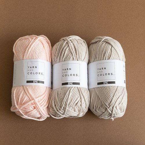 Yarn and Colors Candy Comfy Cushion Strickpaket 043 Pearl / Birch