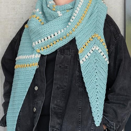 Häkelanleitung Yarn and Colors Asymmetrical Scarf