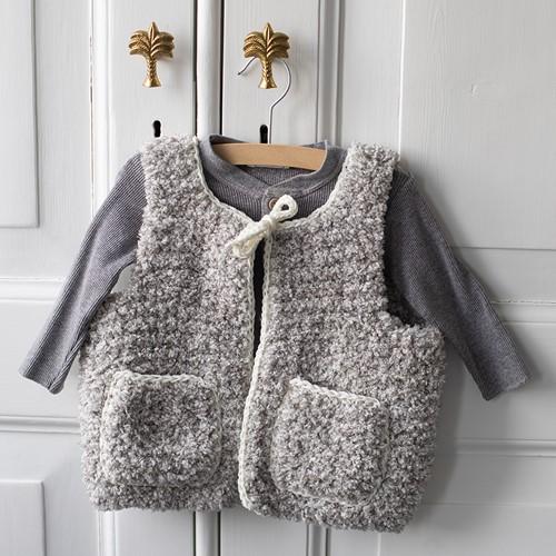 Hugg Kinderweste Strickpaket 1 Grey 6/12 maanden