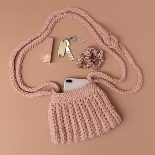 Yarn and Colors Cool Cross Body Bag Häkelpaket 3 Rosé