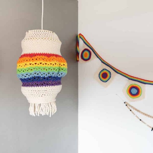 Yarn and Colors Rainbow Lamp Häkelpaket 1 Colorful