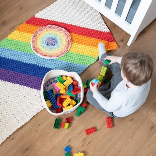 Yarn and Colors Rainbow Rug Booklet