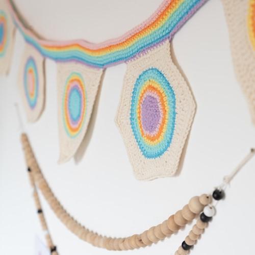 Yarn and Colors Rainbow Flag Line Häkelpaket 2 Pastel