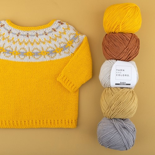 Yarn and Colors Hanna Sweater Strickpaket 2 Mustard