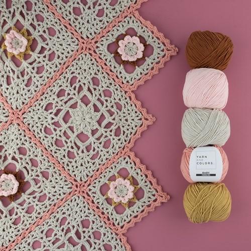 Yarn and Colors Romantic Throw Häkelpaket 2 Birch