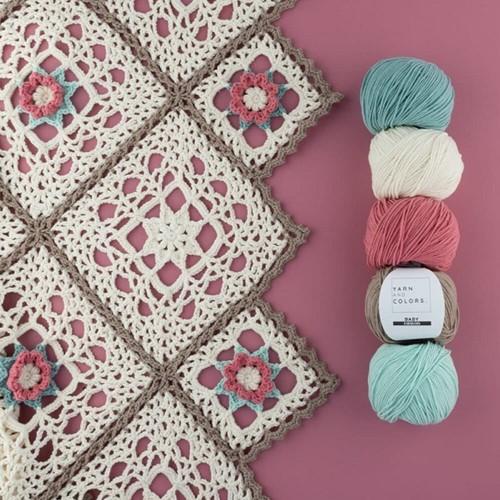 Yarn and Colors Romantic Throw Häkelpaket 1 Cream