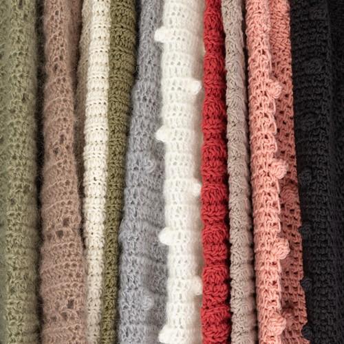 Yarn and Colors Emilia's Fall Favorites Anleitungsbündel