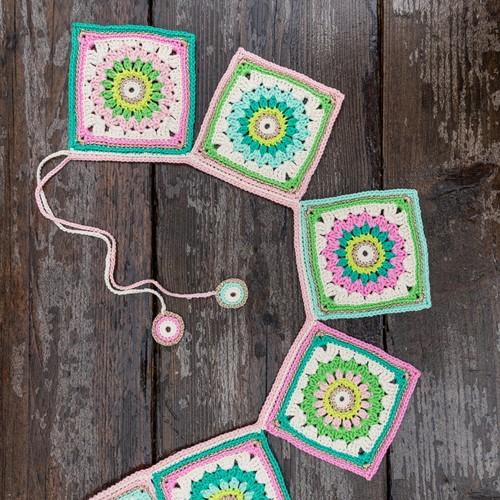 Häkelanleitung Yarn and Colors Garden Party Bunting