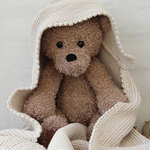 Go Handmade Häkelanleitung Teddy mit Decke