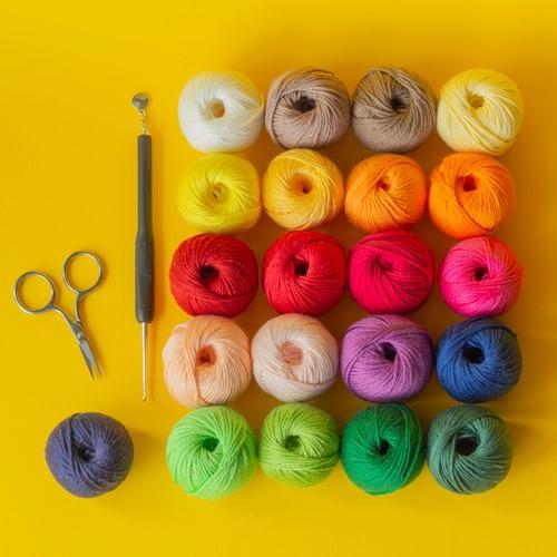 Yarn and Colors Must-Have Mini CAL Garnpaket