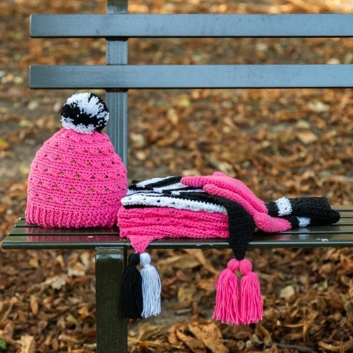 Yarn and Colors Black White and Bright Hat Häkelpaket 035 Girly Pink
